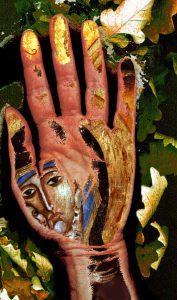 Karelia Hand Madonna oak leaves